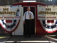 Doc Anderson on stage